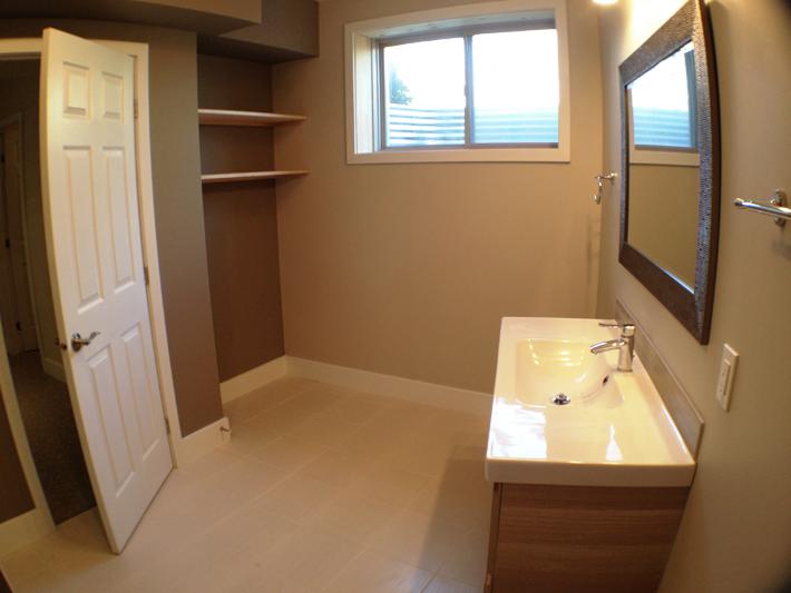 Normandy-basement-bathroom